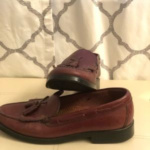 "Bass woman's ""Marietta"" leather shoes, size 9.5(m)"